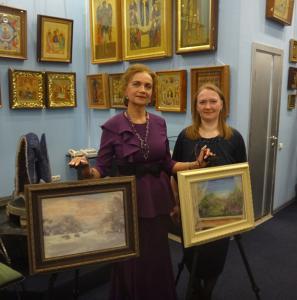 С поэтессой Н. Карташевой в галерее Мир иконы